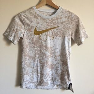 NIKE Fly Gold Glitter Marble Graphic Tee